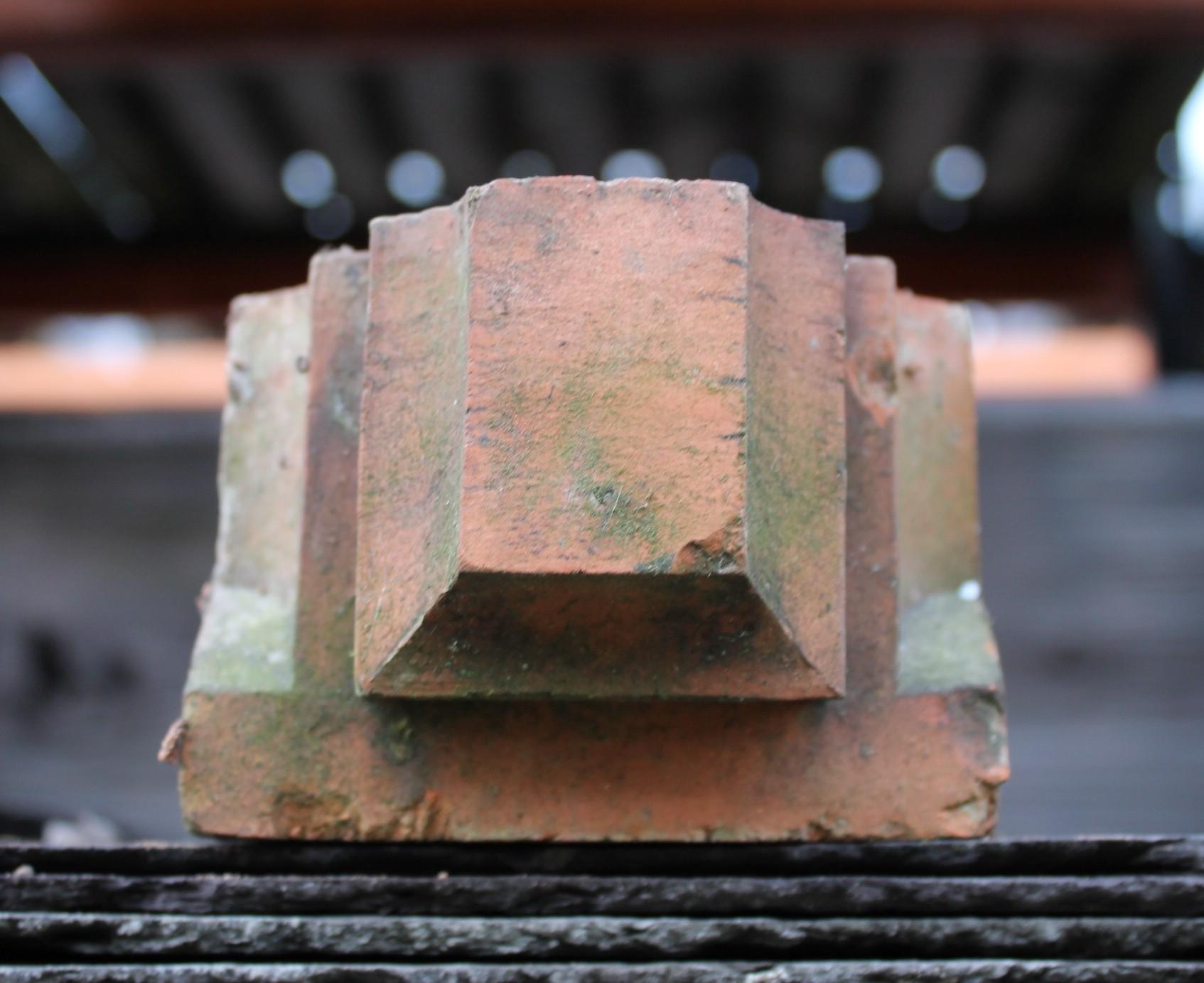 Reclaimed Decorative Header Corbel Brick Art Deco